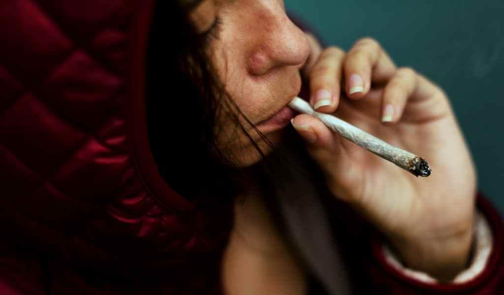Почему ребёнок может стать наркозависимым?